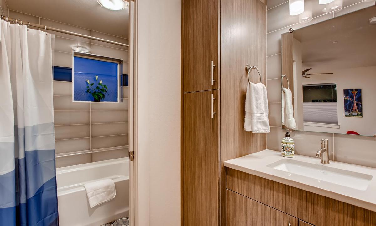 3rd floor bathroom