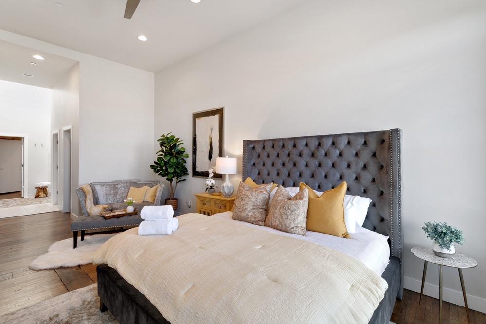 Bedroom 4: King master bedroom with ensuite bath