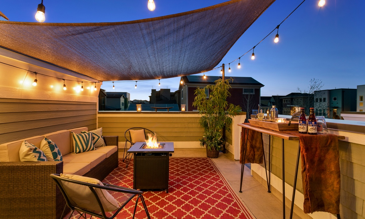 Rooftop deck with propane fireplace