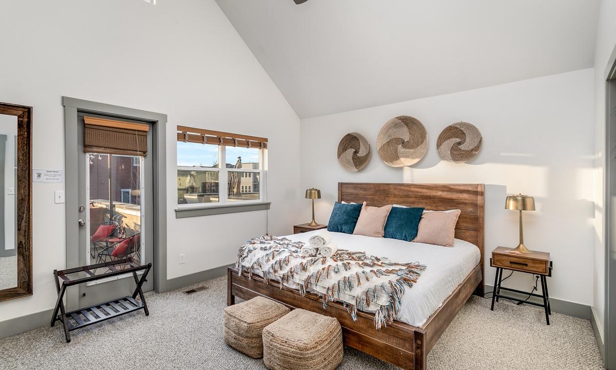 Bedroom 1: King bedroom with ensuite bath