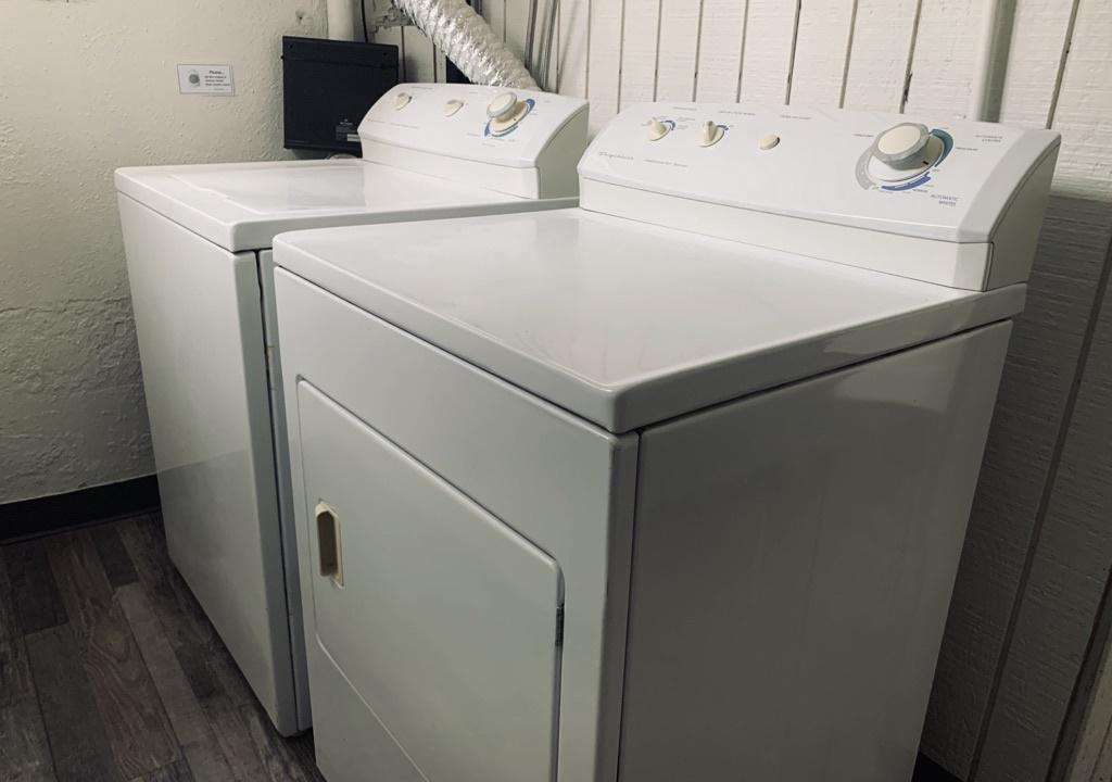 shared washer/ dryer