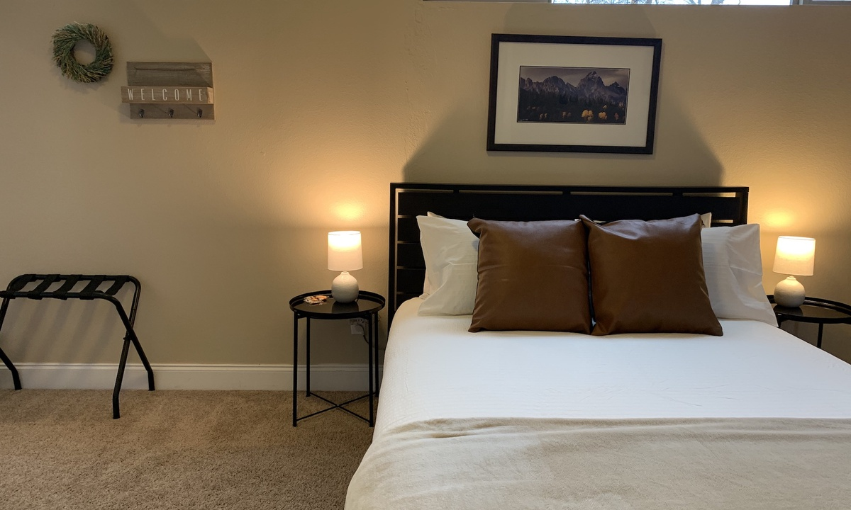Gorgeous Guest Suite! Walk to Old Town & CSU! | Photo 14
