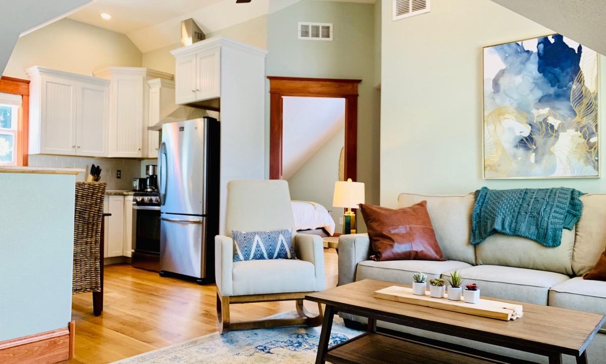 Living area on second/upper floor
