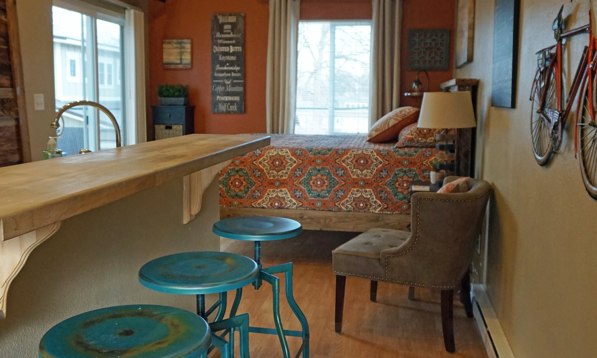 Bar top seating