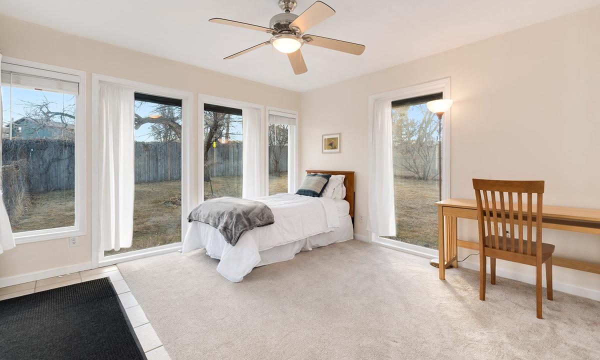 Queen bedroom 2 with slider