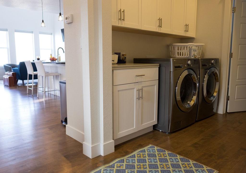 Washer/dryer main floor