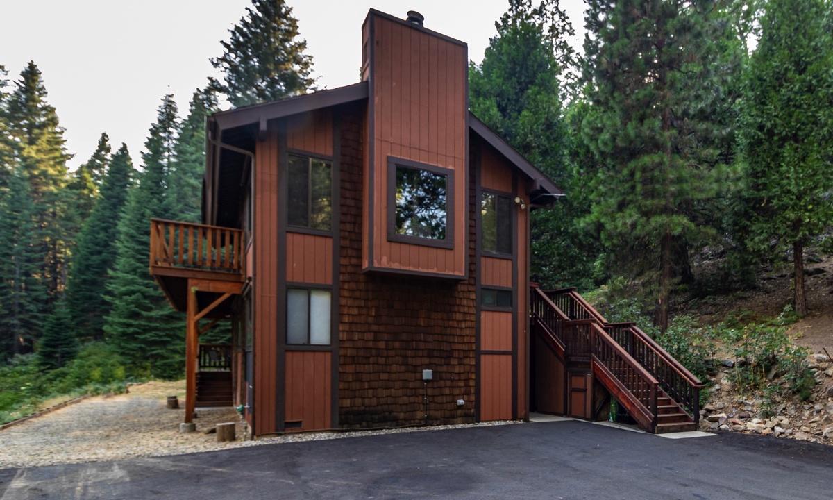 Yosemite Big Rock Cabin
