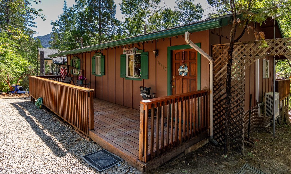 Little Cedar Cabin