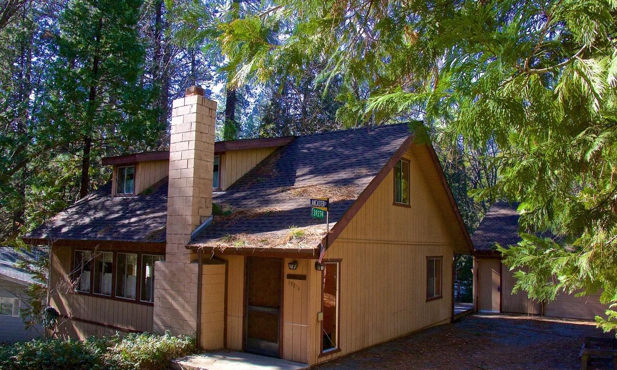 Lancaster Cabin
