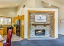 Living Room w/Gas Fireplace-Kinglet 42