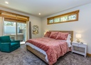 King Master Bedroom-Foursome 8