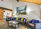 Living Room-Meadow Hse Cndo 5