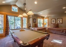 Upstairs Room w/Pool Table & 2 Twins-Doral Lane 6