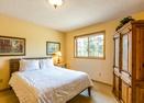 Upstairs King Bedroom-Tan Oak 4