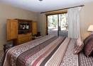 Downstairs King Bedroom-Muskrat 4