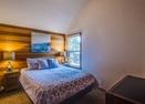Upstairs Queen Bedroom-Leisure 4