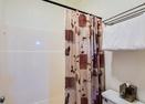 Upstairs Bathroom-Meadow Hse Cndo 8