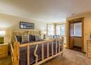 Yellowpine-17-Upstairs-master-bedroom-Yellow Pine 17