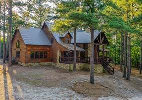 Red Dirt Lodge