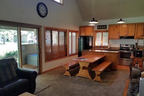 32 Circle Four Ranch Cabin